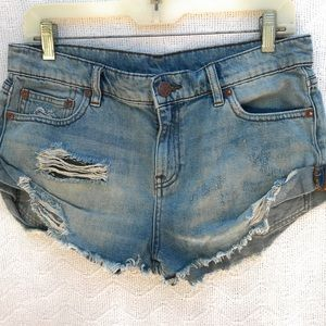 BDG Boyfriend Denim Shorts Low Rise